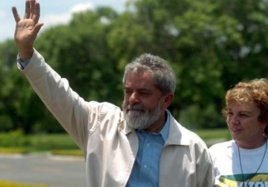 Lula Da Silva lidera intención de voto en encuestas