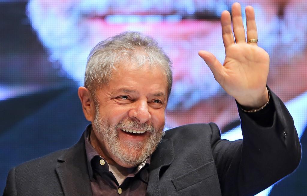El Partido de Lula da Silva presenta su candidatura para las presidenciales en Brasil