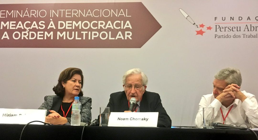 Chomsky: Lula Should Be The Rightful Candidate in Brazil