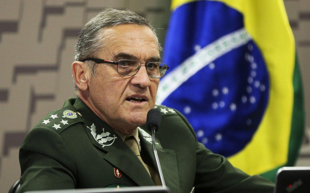 Brésil: le chef de l'armée met en garde contre une candidature de Lula