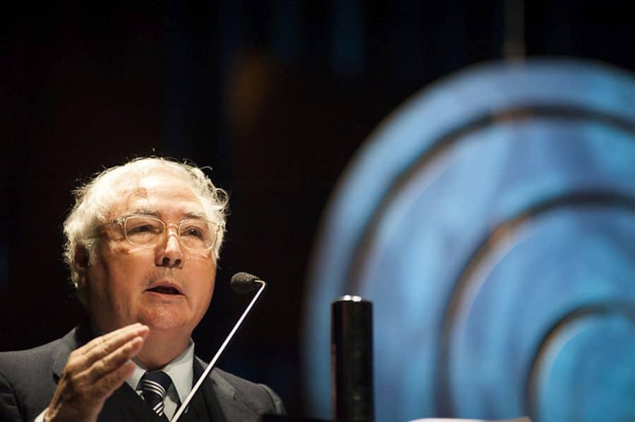 Carta aberta de Manuel Castells aos intelectuais do mundo