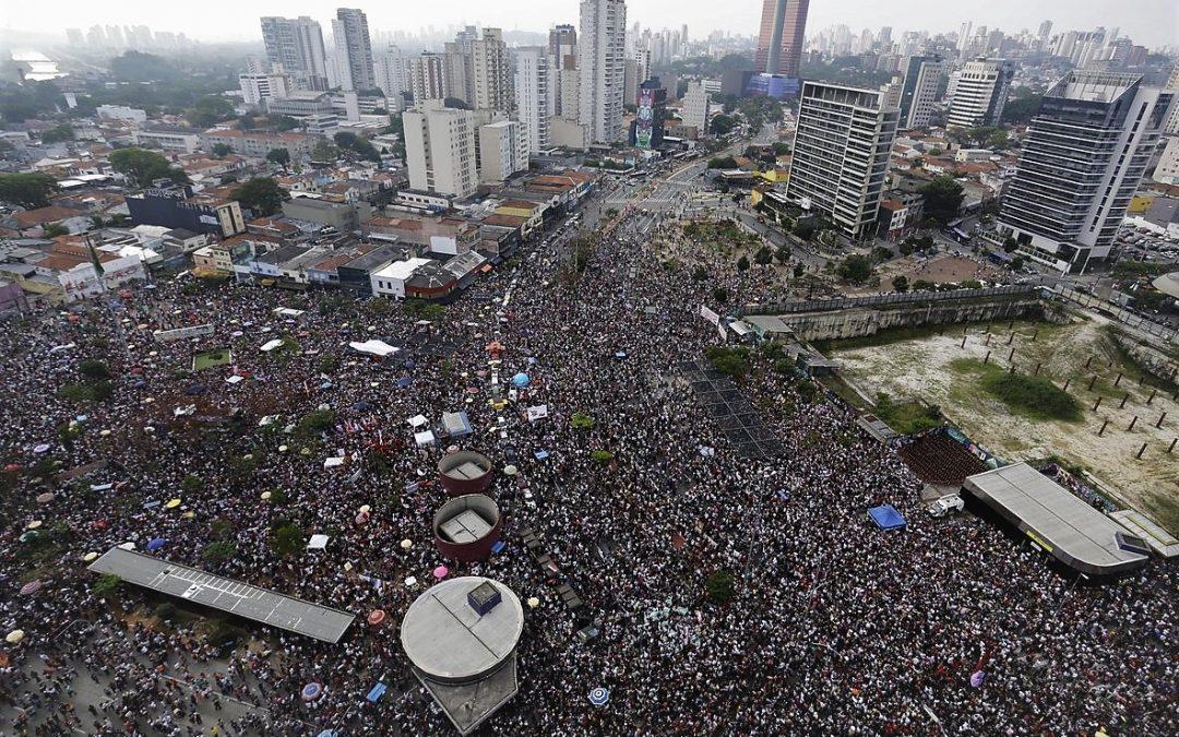 Mujeres ponen el freno a extrema derecha en elecciones de Brasil