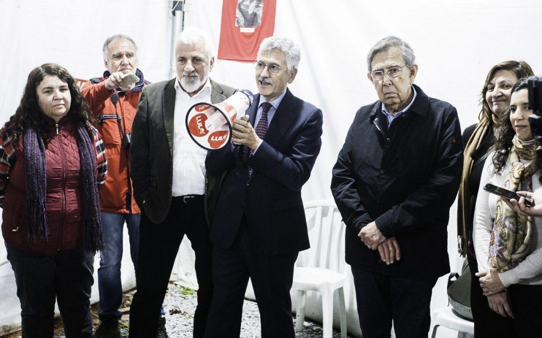 """Líderes internacionales llaman la prisión de Lula de una """"monstruosidad"""""""