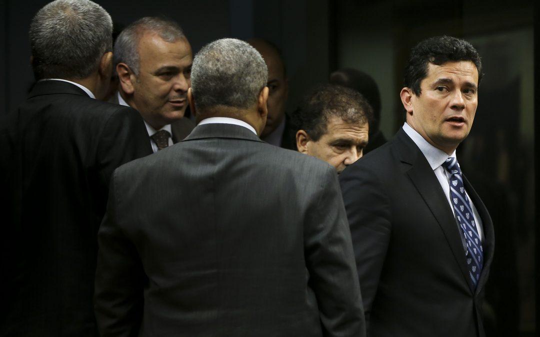 Fala de Moro contrasta com a própria sentença, diz Lula