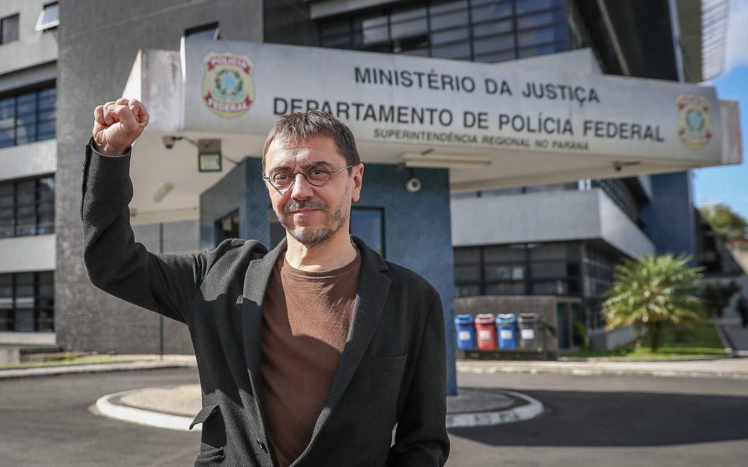 """""""O cárcere que aprisiona Lula é o mesmo que prendeu Mandela"""", diz Monedero"""