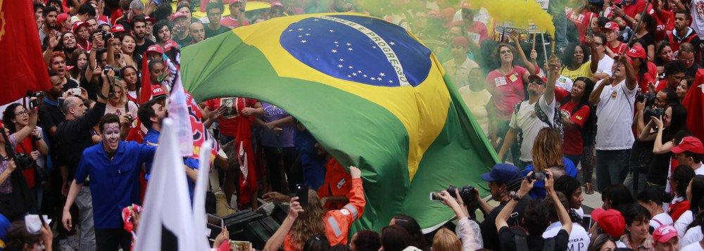 Lançado nos EUA movimento em defesa da democracia no Brasil