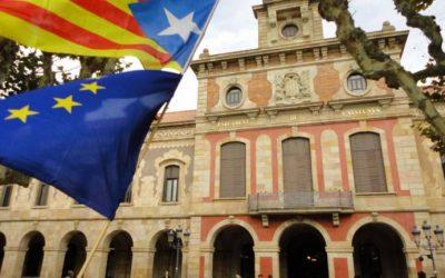 Parlamento da Catalunha aprova moção em defesa da liberdade de Lula
